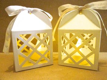 Lantern Favour Box  Ivory or White